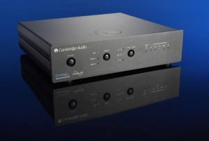 Cambridge%20Audio%20DAC%20Magic%20front[1]